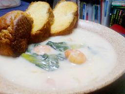 Ebi_chingensai_white_stew