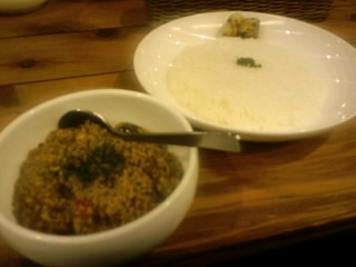 今日の昼飯(カレー